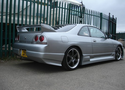 1993-1998 SKYLINE R33 TRIAL STYLE SIDE SKIRTS
